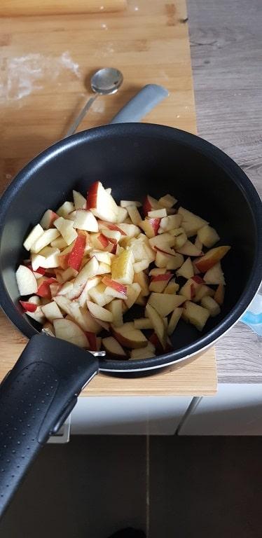 tarte confiture de pomme couper les pommes